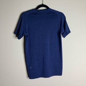 lululemon blue short sleeve top